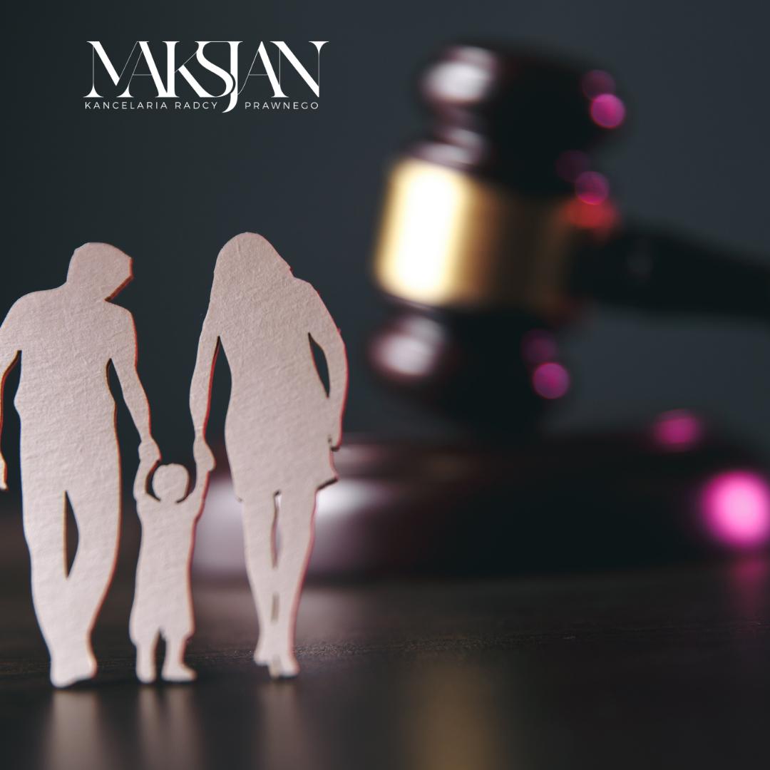Prawo rodzinne zawiera regulacje dotyczące m.in.: zawarcia małżeństwa, prawa i obowiązków małżonków, ustrojów majątkowych małżeńskich, ustania małżeństwa, separacji, władzy rodzicielskiej, kontaktów z dzieckiem, pieczy zastępczej, opieki, kurateli, świadczeń alimentacyjnych.